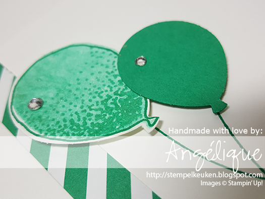 http://stempelkeuken.blogspot.com OnStage April 2016 Display Stamper De Stempelkeuken Balloon Celebration, Balloon Bouquet Punch, Emerald Envy, Whisper White Thick Cardstock, Wink of Stella, Rhinestone Basic Jewels