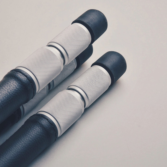 Particolare degli anelli di serraggio delle gambe in alluminio del Cokin Riviera