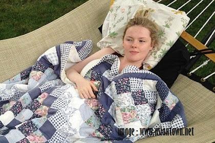 Wanita Ini Tidur Selama 22 Jam Sehari. Inikah Putri Tidur Di Dunia Nyata??