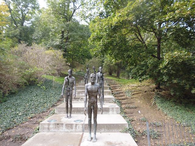 Monumento a las Víctimas del Comunismo (Praga) (@mibaulviajero)