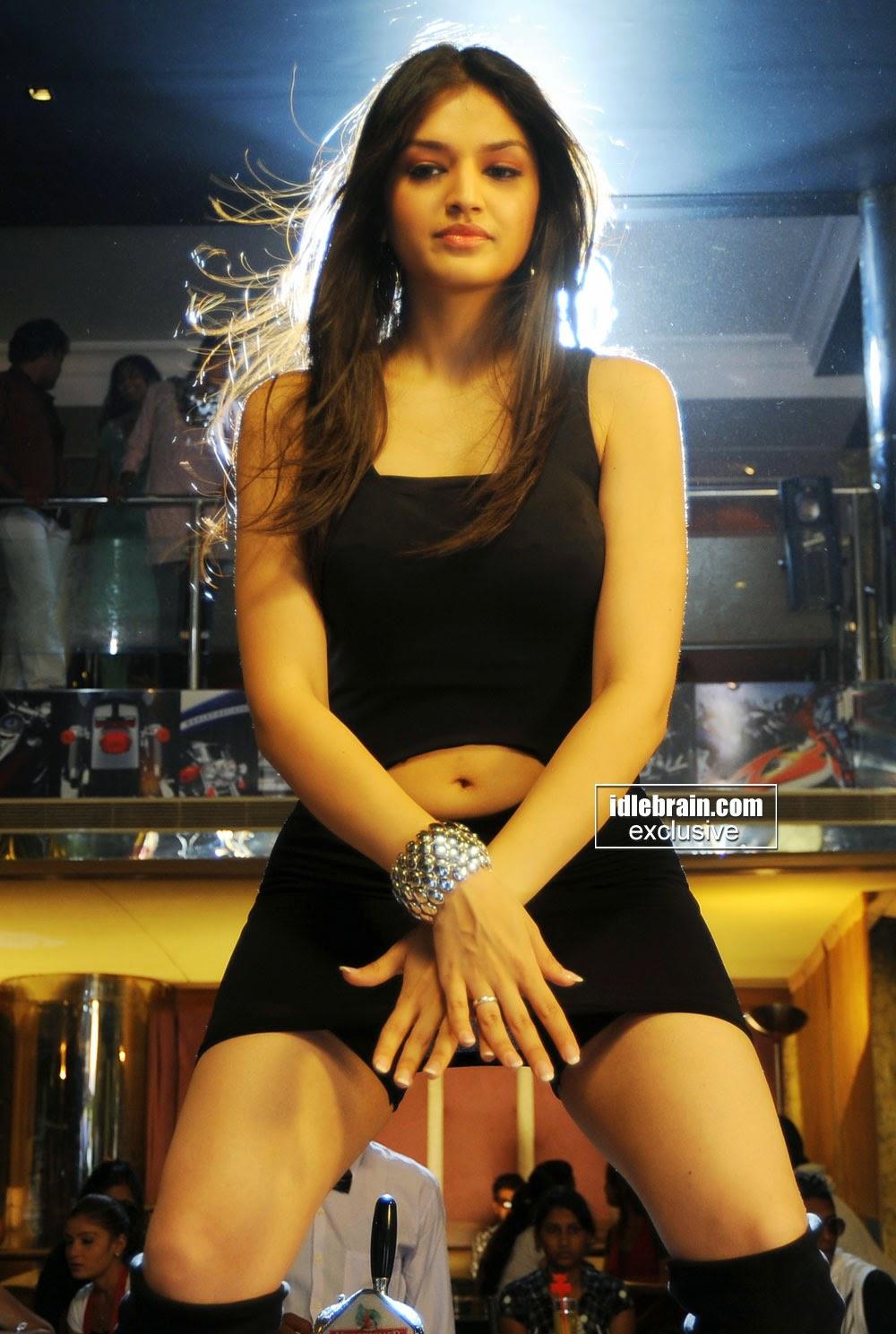 Actress Hot Images Tasha Tara Alisha Hot Navel Thigh Pics