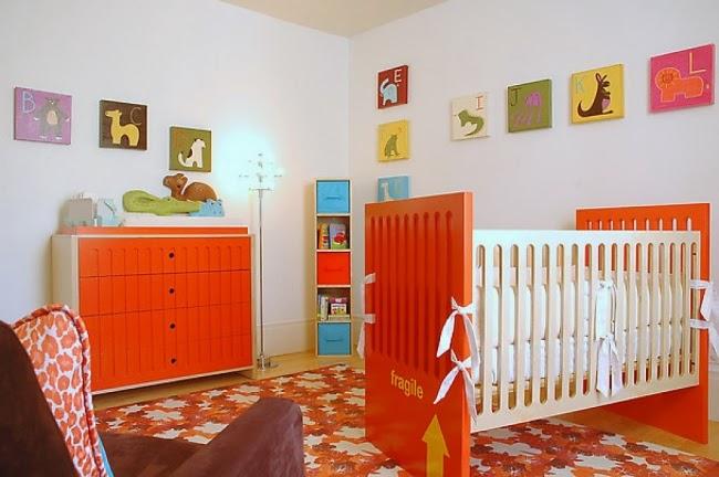 Dormitorios en naranja y blanco para beb s dormitorios for Dormitorio naranja