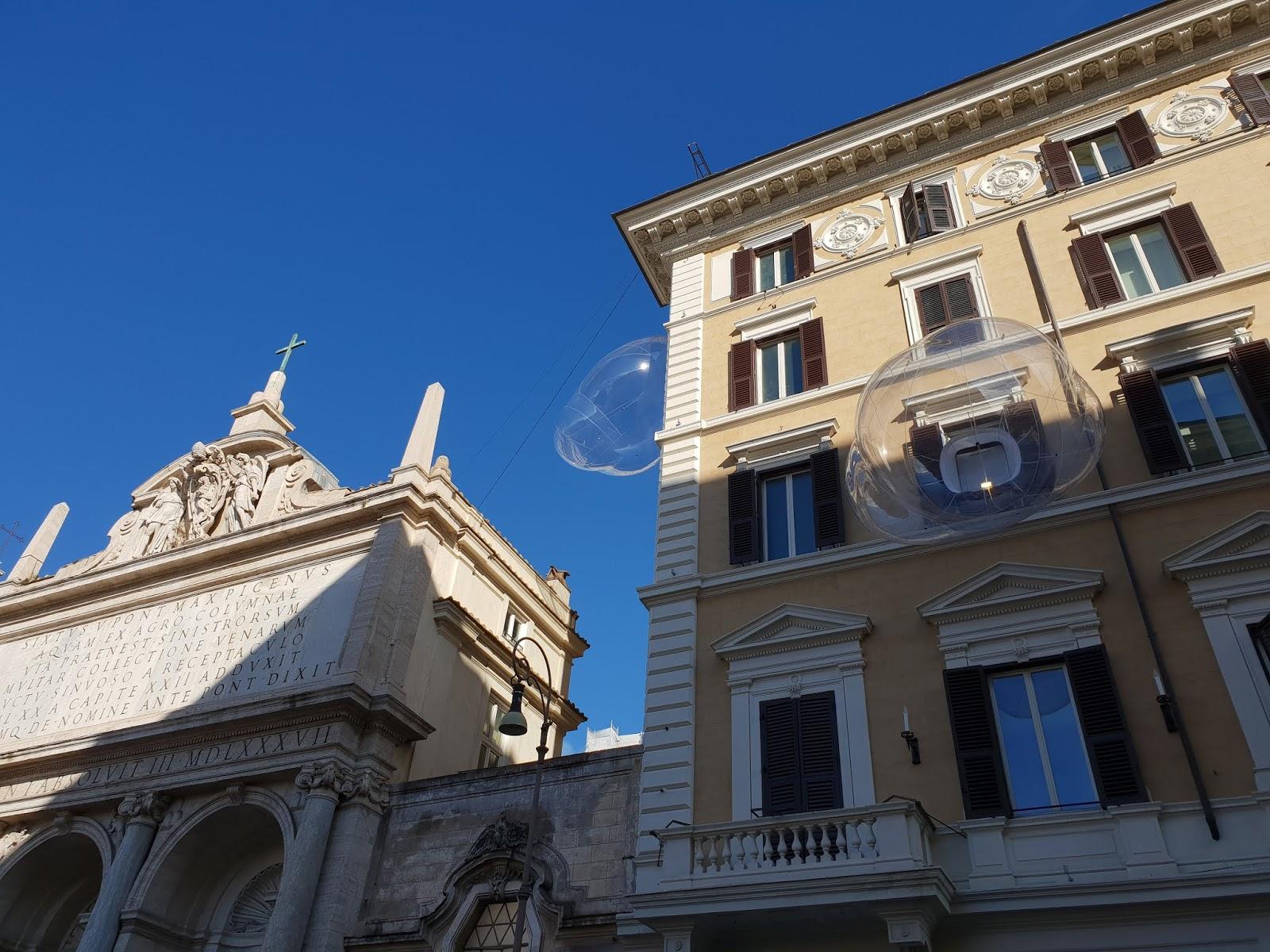 Roman Despatches When In Rome Spot The Bubbles At Le Grand Hotel