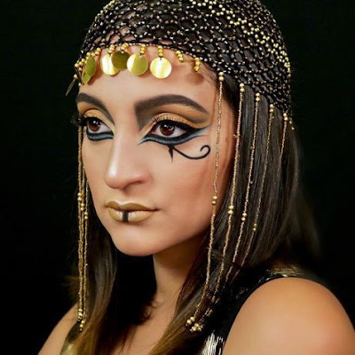 Queen Cleopatra is the most beautiful and iconic Lady in Ancient Egyptian history 23 Must-Have Cleopatra Makeup Ideas For Halloween To Rock In