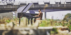 Brymo Finally Shed light After His N*de Picture Went Viral