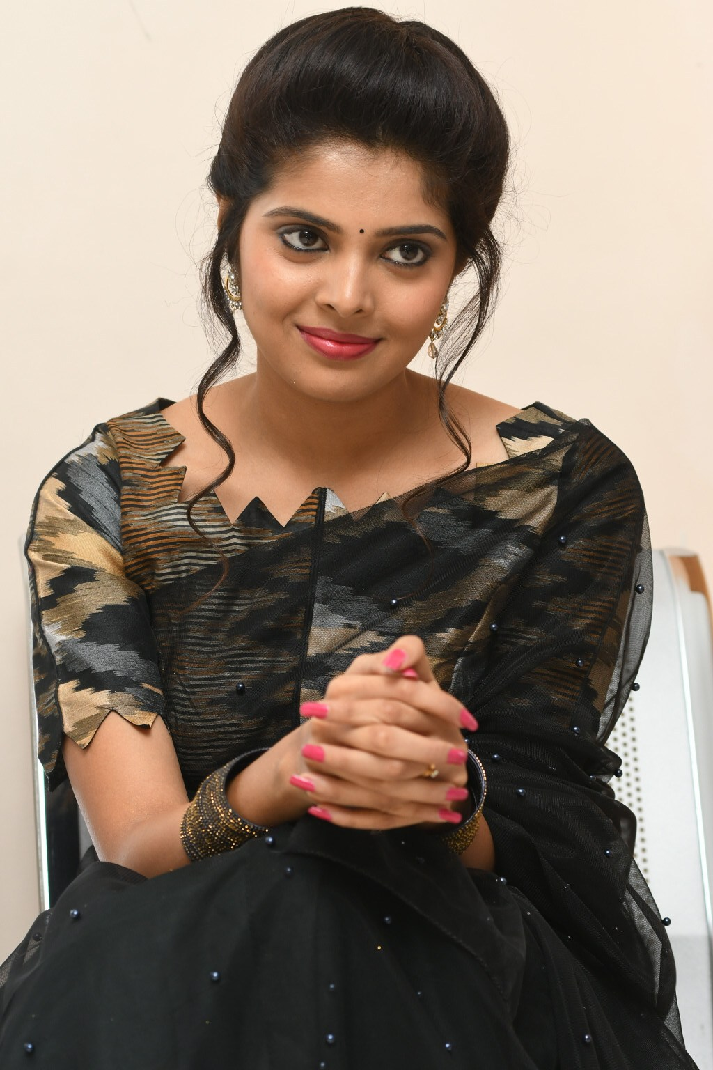 Shravya Looks cute in this Black Saree Mindblowing collections