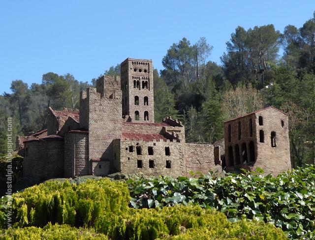Monasterio prerrománico de Sant Pere de Roda - Girona Cataluña en Miniatura - Catalonia Miniature