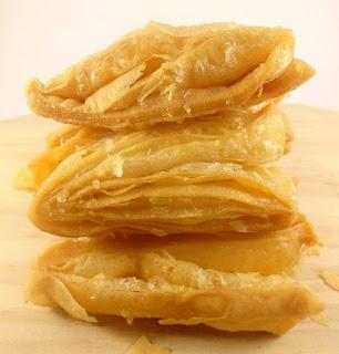 gambar bentuk pastry goreng