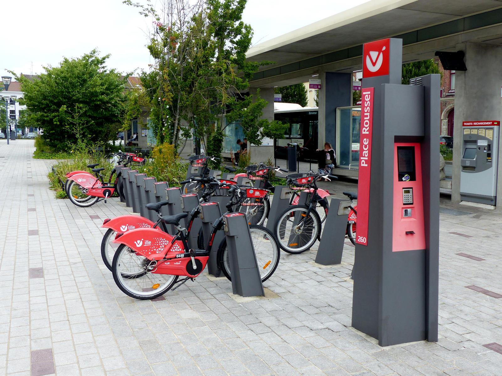"""Vélos V'Lille """"Place Roussel"""" - Tourcoing, pôle d'échanges ilévia"""
