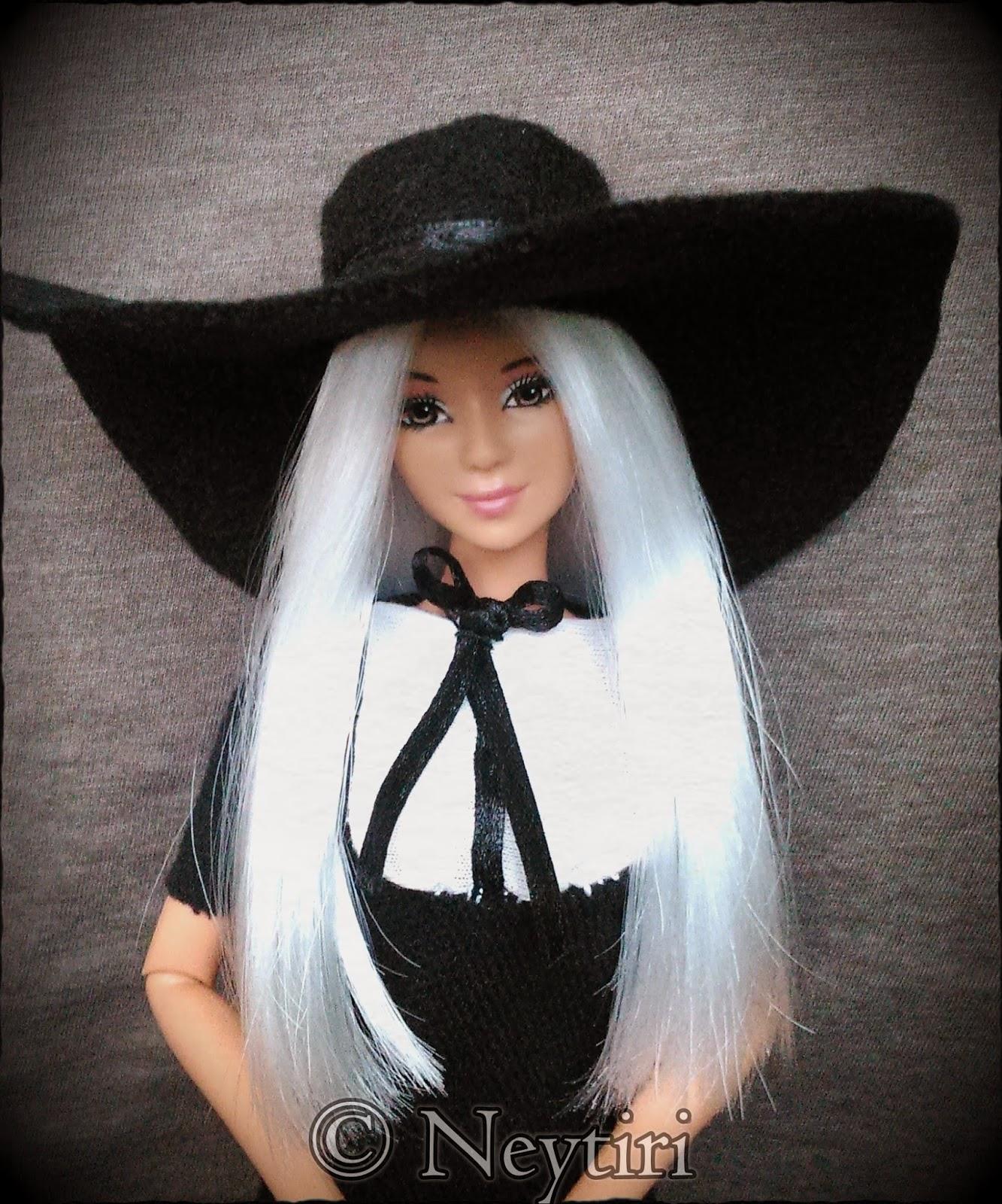 2ne1 Barbie doll Dara Missing You