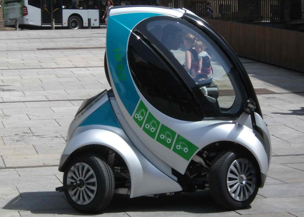 Hiriko - Prototype Folding Car Saves Space - Digitash