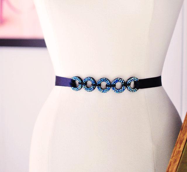 DIY looping circles belt