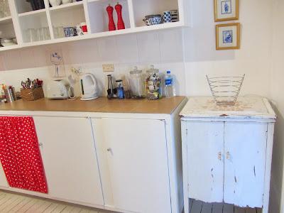 thom haus handmade. Black Bedroom Furniture Sets. Home Design Ideas