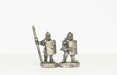 AIR1   Legionaries with sword/pilum
