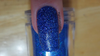 Madam Glam Holo Skydive Swatch