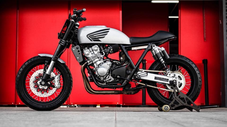 Honda CB400 SF Street tracker by Mandrill garage ...