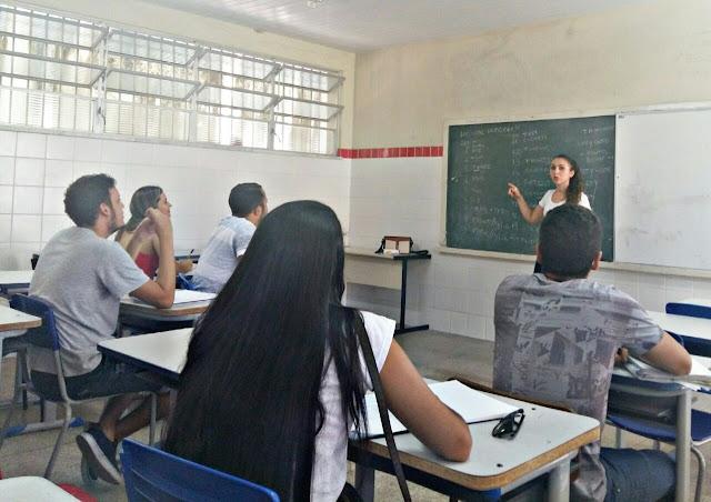 Curso básico de inglês é oferecido gratuitamente em Maruim