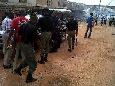 KADUNA+BLAST+3 Photos From Kaduna Bomb Blast and Killings Plus Christian and Muslim clash.
