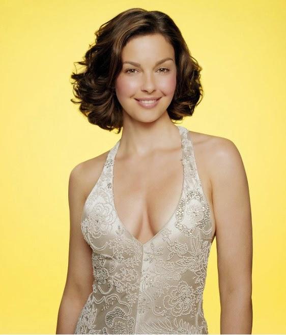 Hollywood Actress Wallpaper: Ashley Judd HD Wallpapers