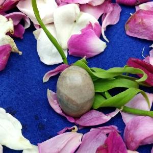 Batu Mustika Buka Tabir Gaib Ampuh