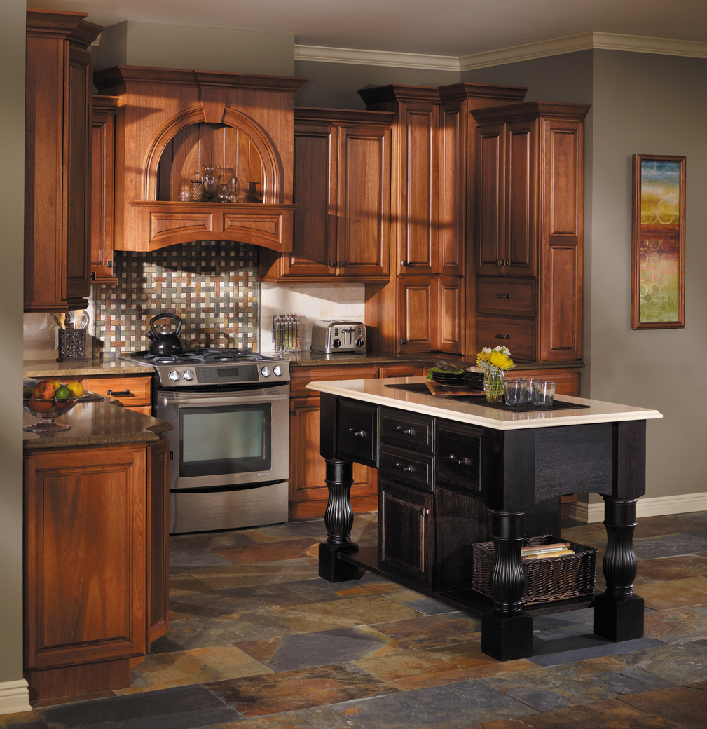 Starmark Cabinetry Accord Kitchen Cabinets