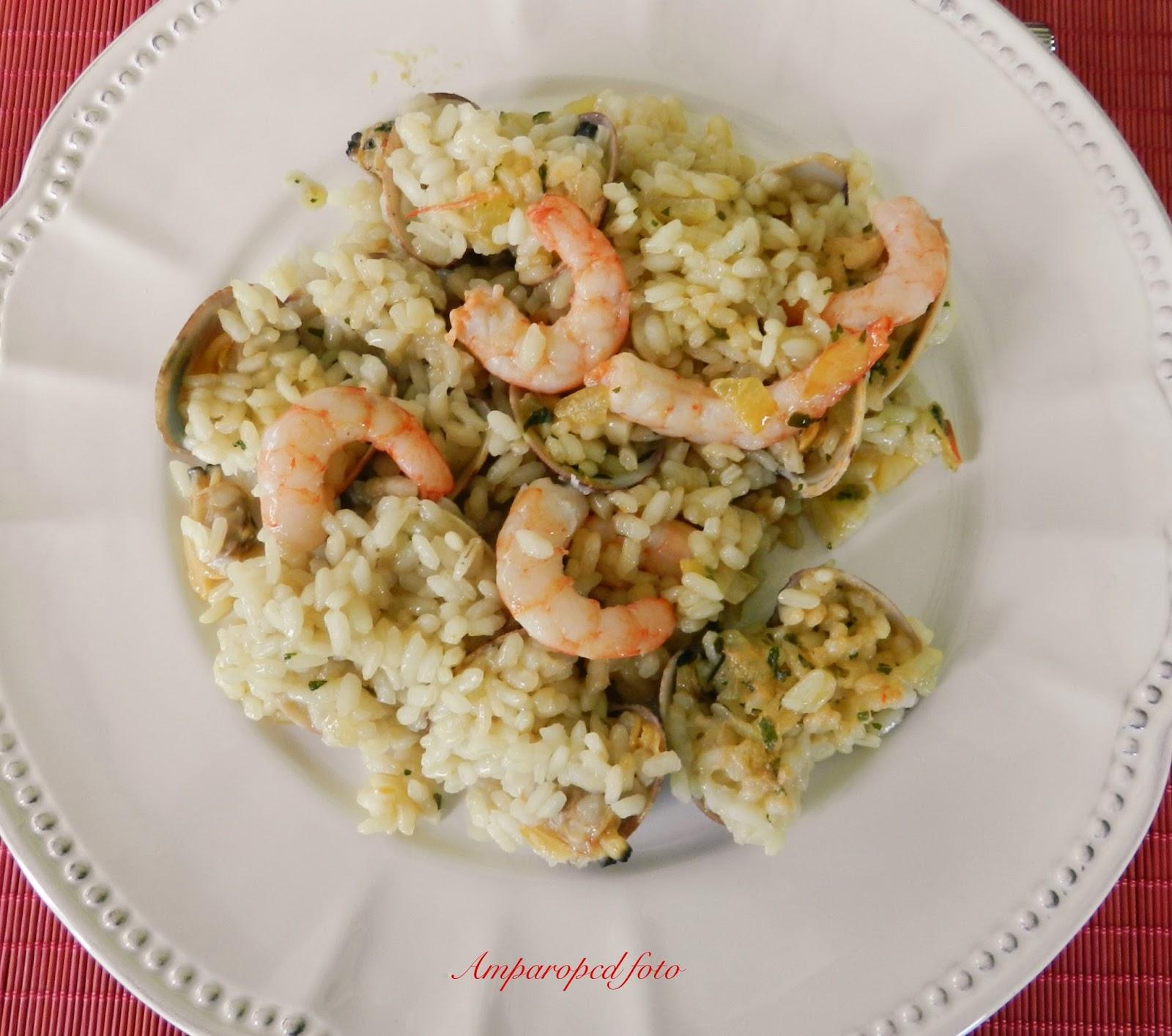 Cocinando en casa arroz con almejas y gambas - Arroz con gambas y almejas ...
