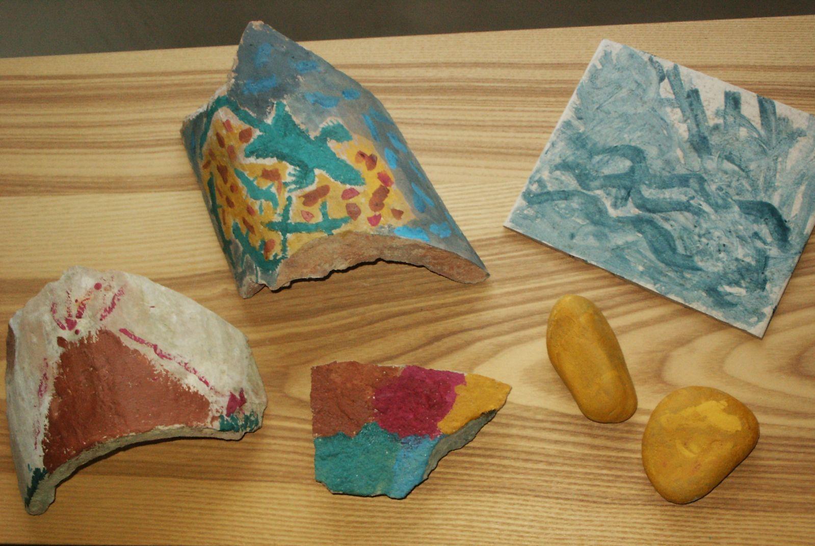 Come Dipingere Vecchie Tegole l'ecologioco®: decoriamo i sassi