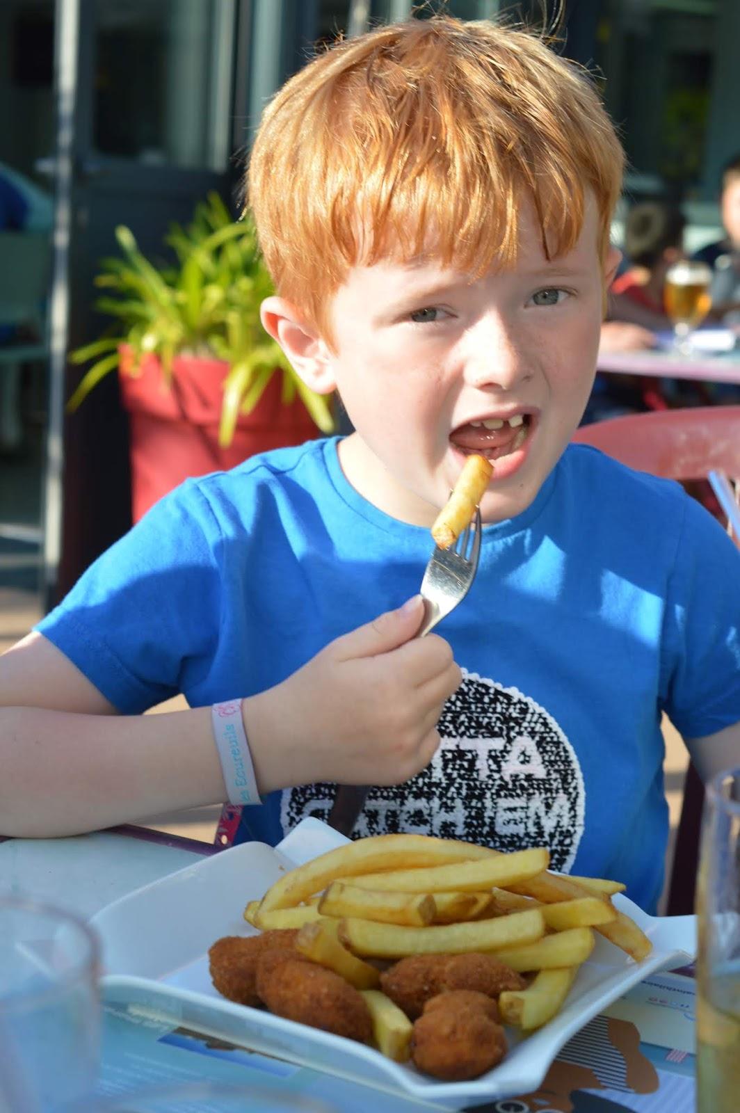 Les Ecureuils Campsite, Vendee - A Eurocamp Site near Puy du Fou (Full Review) - Kids meals at Amy's House