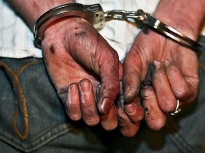Ηγουμενίτσα: Σύλληψη τριών αλλοδαπών για παράνομο υπαίθριο εμπόριο