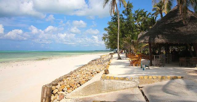 Blue Bay Beach Resort Zanzibar, Beach