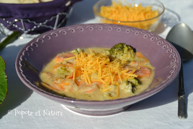 Soupe paysanne aux brocolis et au cheddar