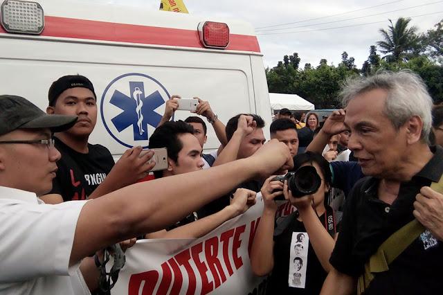 UP alumnus to Jim Paredes: 'Nanlaki na ang mga mata mo, wala ka pa ring makita?'