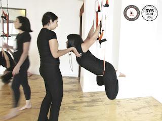 aerial yoga, yoga, air yoga, pilates, aeropilates, aerial pilates, pilates, fitness, fly, flying, hammock, yoga swing, body, gravity, coaching, teacher training, rafael martinez, anti, agravity, health