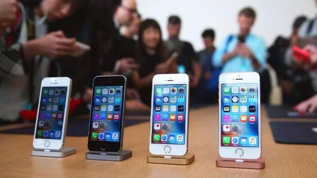 Apple inicia vendas do iPhone SE, o baratinho, no Brasil