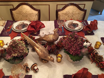 Thanksgiving Dining With Organic and Woodland Touch!