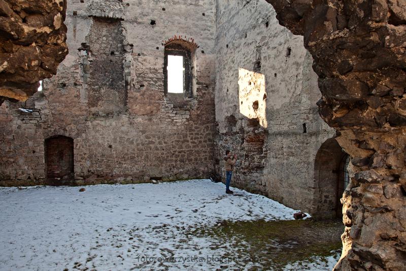 Szydłów, zamek, mury obronne, świętokrzyskie