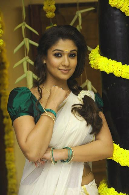 Nayanthara hot saree images