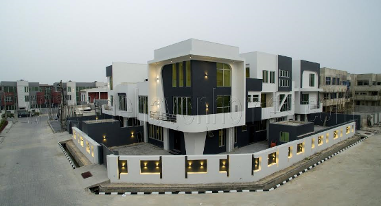 See the estate in Lekki where 2face Idibia was honored (photos here)