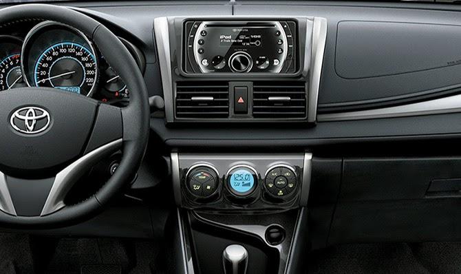 Bảng điều khiển trung tâm Toyota Vios G