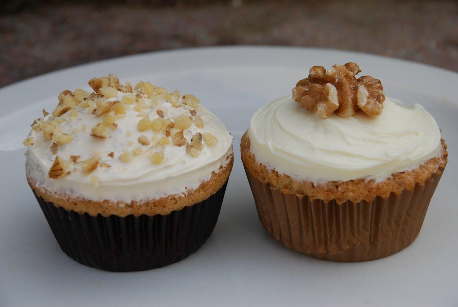 I Want My Umami: English Walnut Fairy Cakes