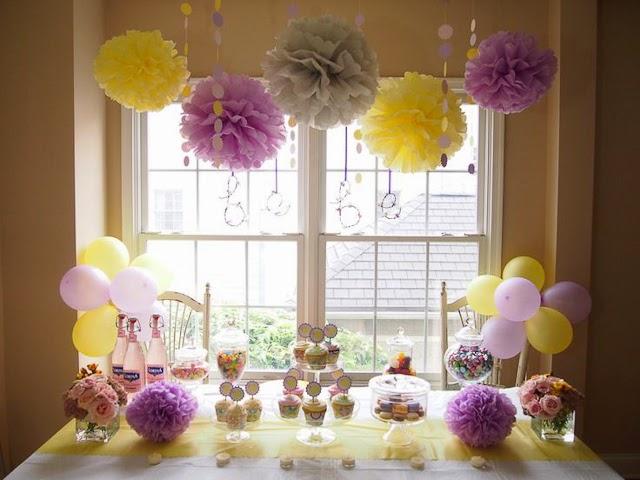 Imagenes fantasia y color como hacer rosetas de papel - Decoracion con pompones ...