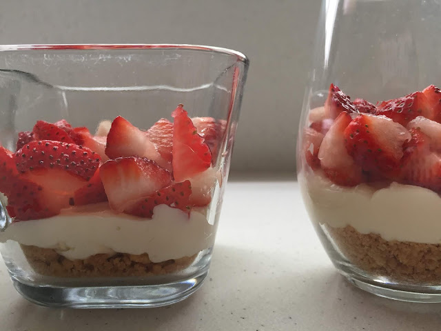 Fresh Strawberry Cheesecake Parfaits