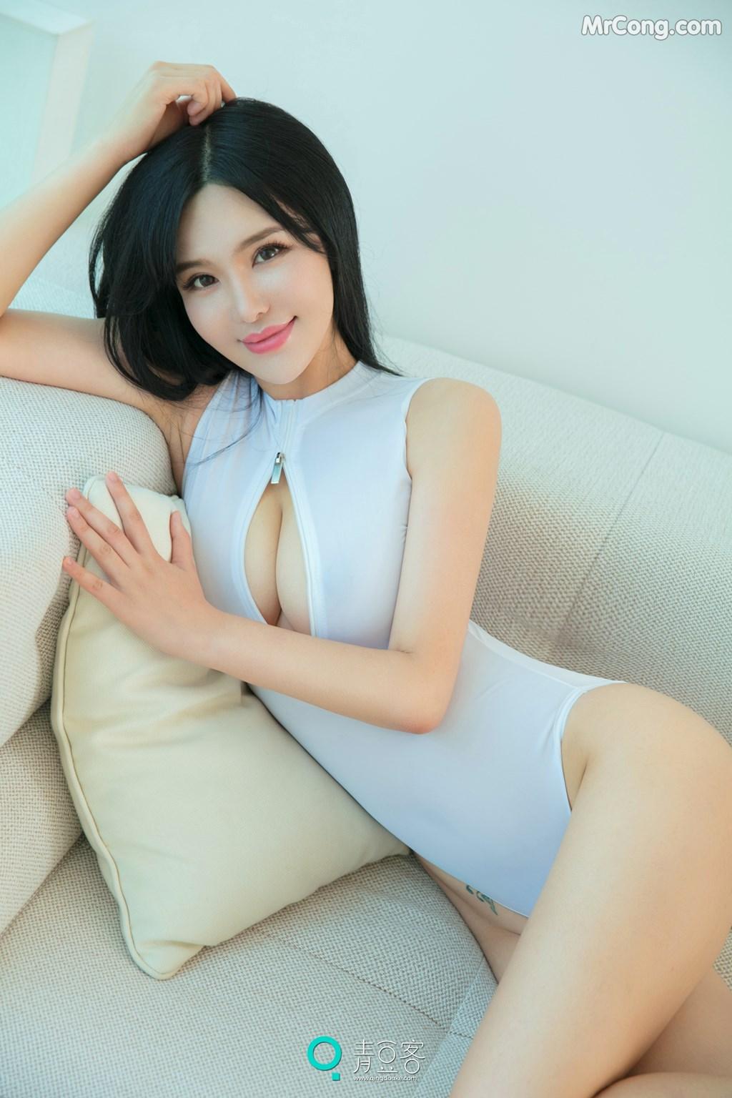 Image QingDouKe-2017-10-08-Liu-Yu-Er-MrCong.com-008 in post QingDouKe 2017-10-08: Người mẫu Liu Yu Er (刘钰儿) (53 ảnh)