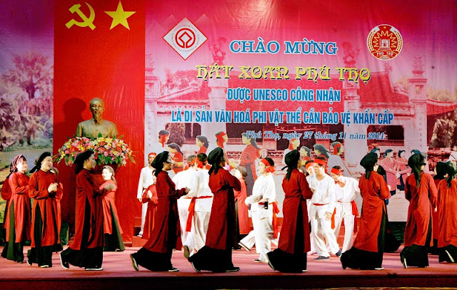 10 interesting festivals on the first lunar month in the north of Vietnam 10