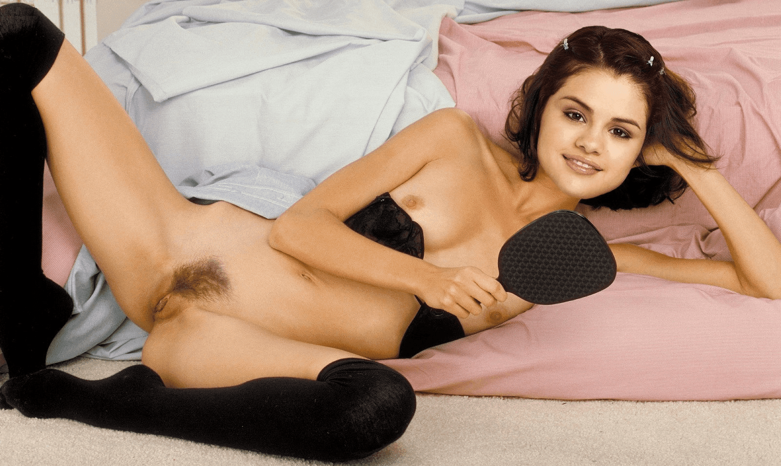 Selena gomez crotch shot-1882