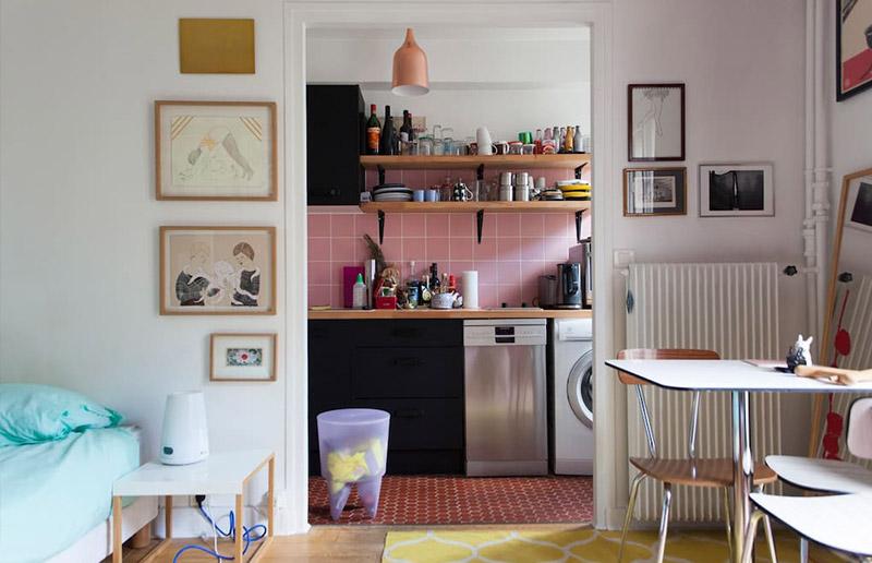 Um apartamento bem pequeno em Paris (e uma dica de site para conhecer casas pelo mundo \o/!).