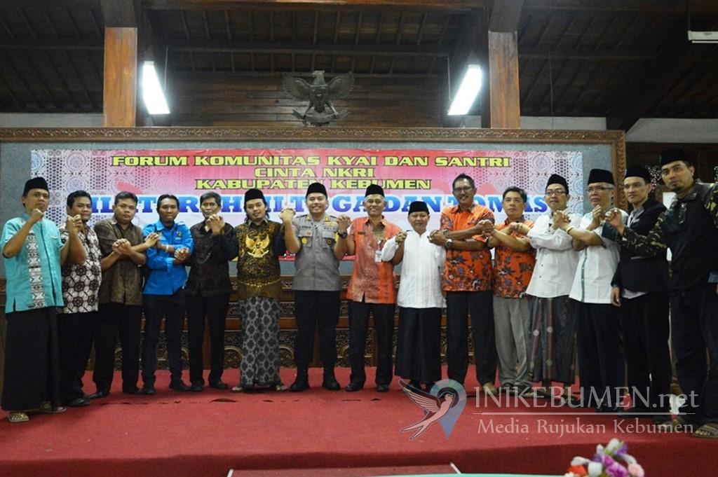 Pasca Pemilu, Para Kiai Kampung dan Santri di Kebumen Diminta Menjadi Penyejuk