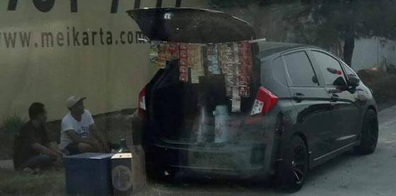 Foto Mobil Honda Jazz Untuk Jualan Kopi Ini Jadi Viral