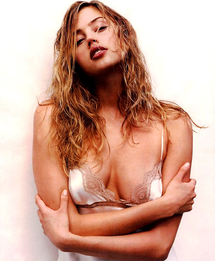Estella warren topless in treats magazine the nip slip