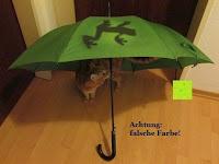 """Erfahrungsbericht: VON LILIENFELD grüner Regenschirm mit Tiermotiv """"Schattenfrosch"""""""